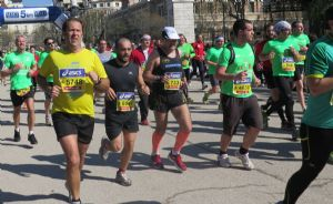 El corredor debe cuidar la alimentación en los días previos a una carrera