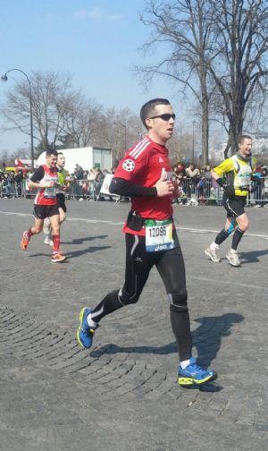 El corredor popular Alfonso Valenzuela ha corrido ya siete maratones