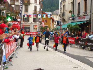 Pedro San Antonio, entrando en meta en el CCC del UTMB en Chamonix este verano