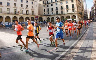 Corredores de la Sanitas Marca Running Series de Alicante 2013