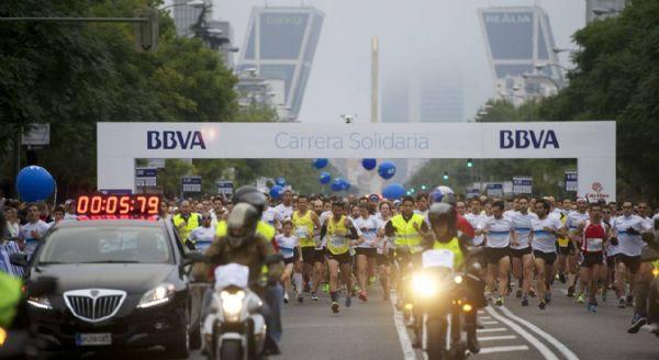 Salida de la Carrera Solidaria BBVA 2013