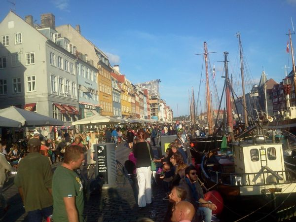 Además de correr, pasear por las calles de Copenhague es una manera estupenda de conocer la ciudad