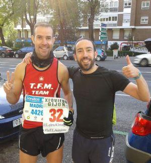 Enrique Laso, con su amigo Eduardo, al que le ha ayudado a mejorar sus marcas