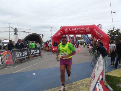 Santiago Hitos, el hombre de las 200 maratones