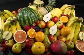 Comer fruta, sobre todo cítricos, ayuda a combatir los radicales libres