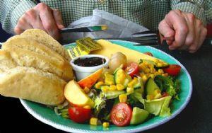 Hay alimentos que deben estar siempre en la dieta de un deportista