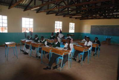 Alumnos del Centro Educativo James Moiben en Ziwa, Kenia