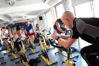 El ejercicio de alta intensidad ayuda a quemar más calorías