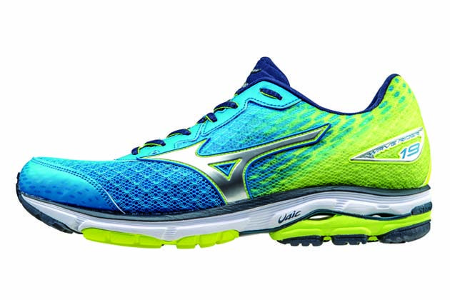 mizuno wave rider 19 vs 18