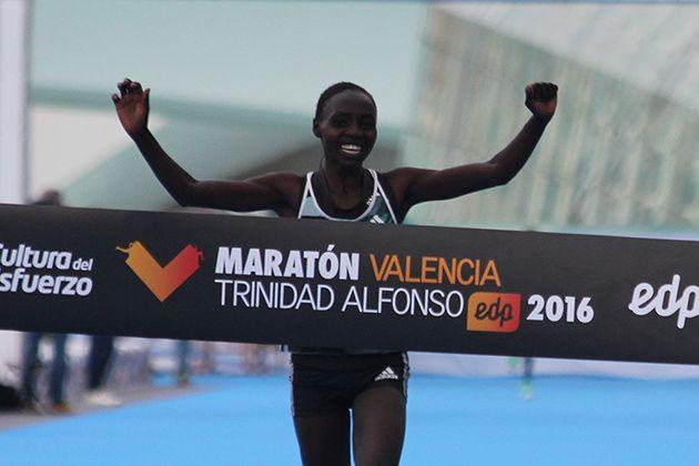 Valary Jemeli convierte Valencia en el Maratón español más rápido en categoría femenina