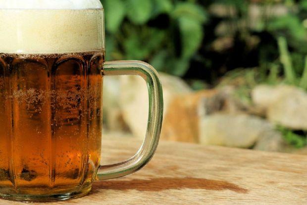 Muchos corredores escogen la cerveza como la bebida que toman después de correr