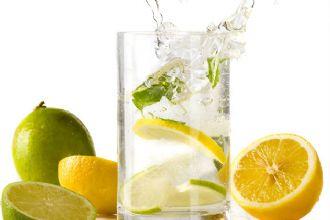 Lo del agua con limón en ayunas... mejor lo dejamos para otro día ;)