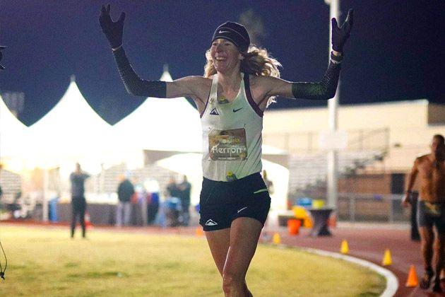 Camille durante la carrera. Foto: Aravaipa Running/Howie Stern
