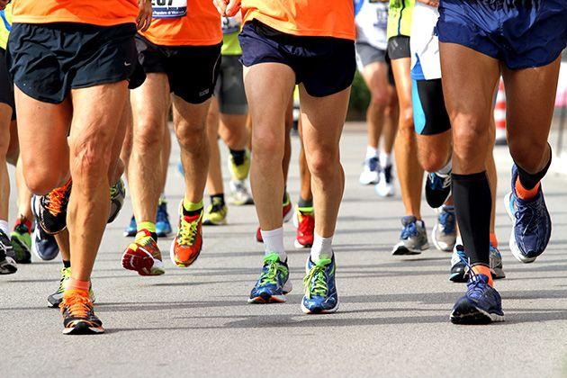 Los corredores españoles, cada vez más solidarios