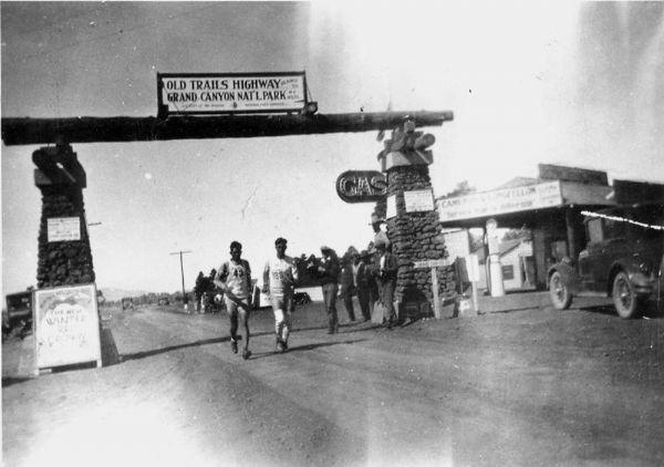 Un momento de la Bunion Derby en 1928. Imagen: U.S. Forest Service, Southwestern Region