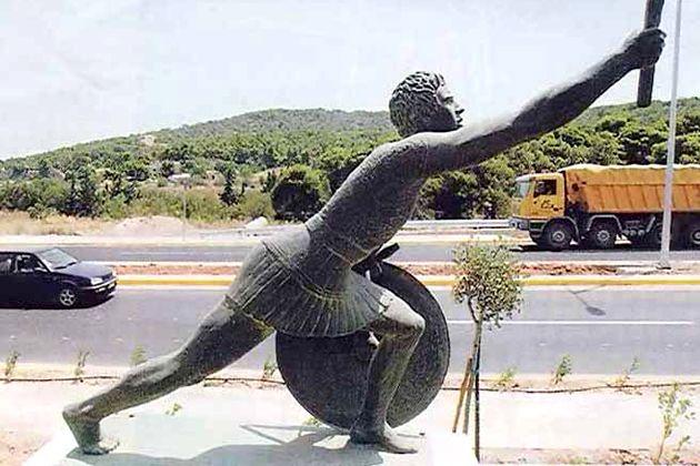 Filípides, camino de Atenas. El primer maratoniano.