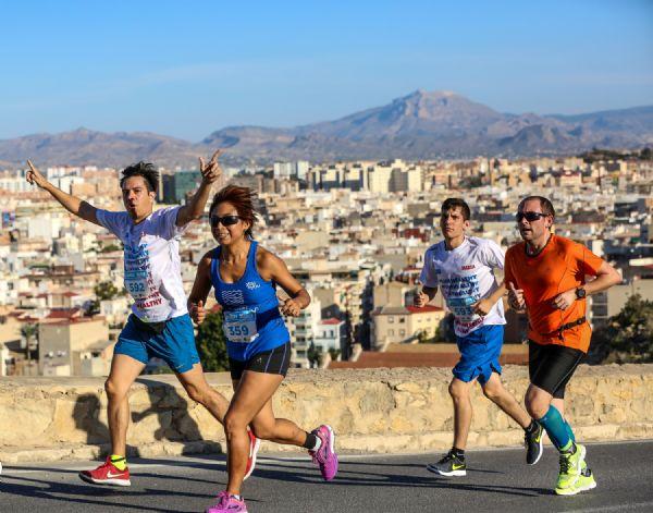 Imagen de la última edición de la Carrera de los Castillos de Alicante