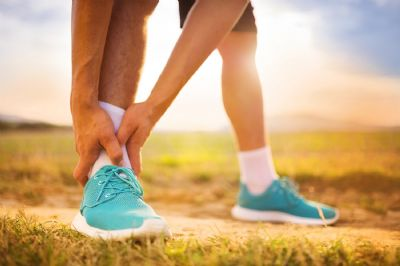 Lo ideal si tienes una lesión es acudir a un fisioterapeuta