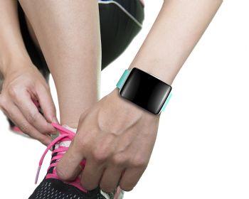 El reloj con Gps es uno de los accesorios más utilizados por los corredores
