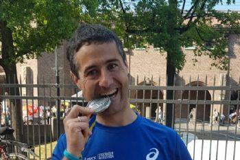Nacho Villalba, tras acabar su último maratón hasta el momento, en Estocolmo