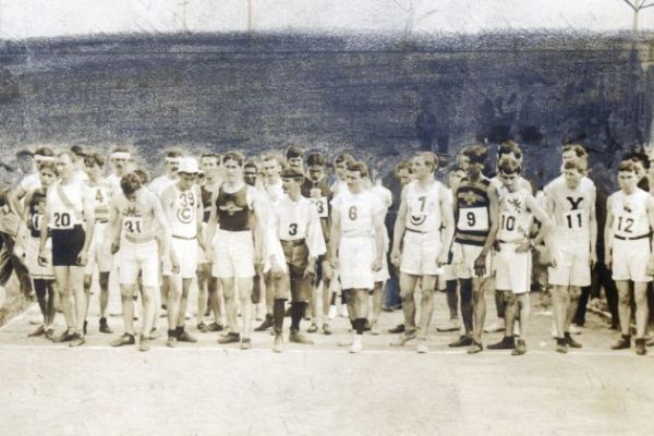 Salida del Maratón Olímpico de San Luis en 1904