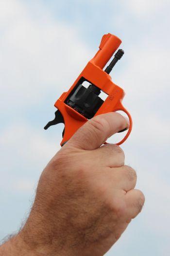Pistola usada para el disparo inicial de una carrera