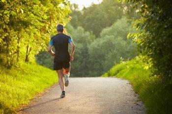 La alergia afecta al corredor en los meses de primavera