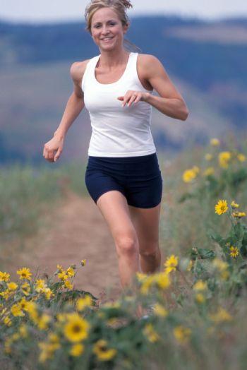Sonreír debería surgir de forma natural cuando corremos