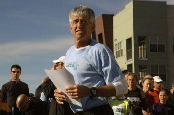 Frank Shorter no ha abandonado el mundo del running
