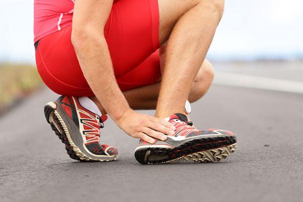 El esguince puede ser habitual en los corredores