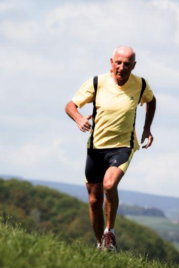 Los corredores de más de 50 tiene que tomar más precauciones