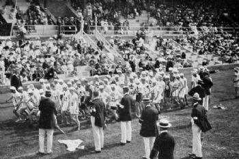 Salida del Maratón Olímpico de Estocolmo en 1912
