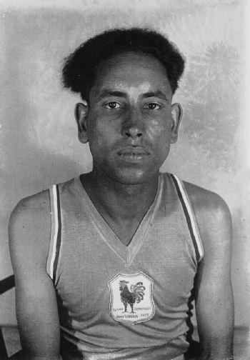 El Ouafi, campeón olímpico de maratón en 1928