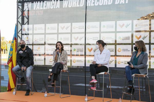 (De izq. a der.): Juan Botella, Elena Tejedor, Marleen Vink-Rennings y Pilar Bernabé.