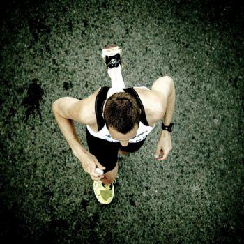 No se puede determinar que la altura por si misma mejore el rendimiento